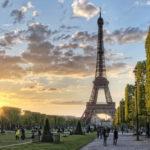 (Русский) Башня Эйфеля в центре Парижа